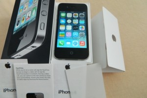iPhone 4 16gb black full box  (1)