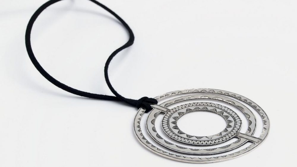 Ghidul talismanelor si al amuletelor din argint