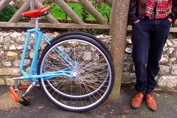 Bicicletele pliabile sunt mai usor de manevrat