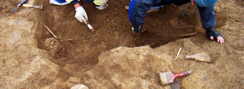 Morminte descoperite la Tomis